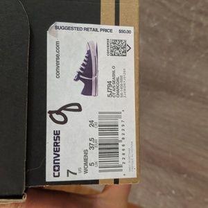 Women's size 7 Converse Charcoal BRAND NEW w/ box